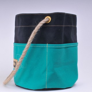 Bosun's Bucket - Black and Green