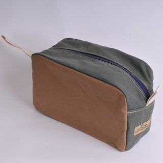 Wash Bag - Khaki and Olive