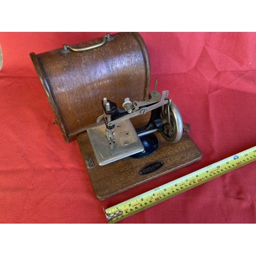 Antique Sewing Machine 05